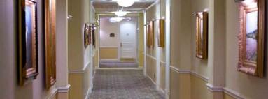 Szállodák, hotelek díszítése keretes faliképekkel,festményekkel